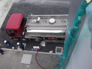 密閉式冷却塔:ブライン投入①